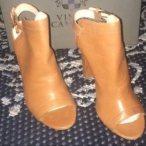 Vince Camuto shoes size 8 1/2 medium